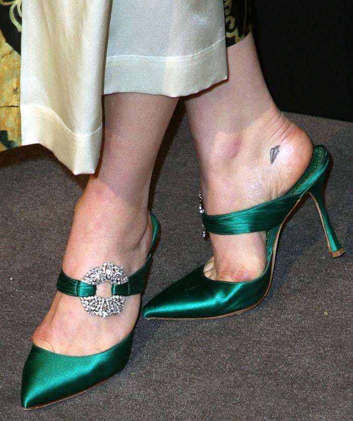 Chloë Grace Moretz wearing emeraldMaidugur mules