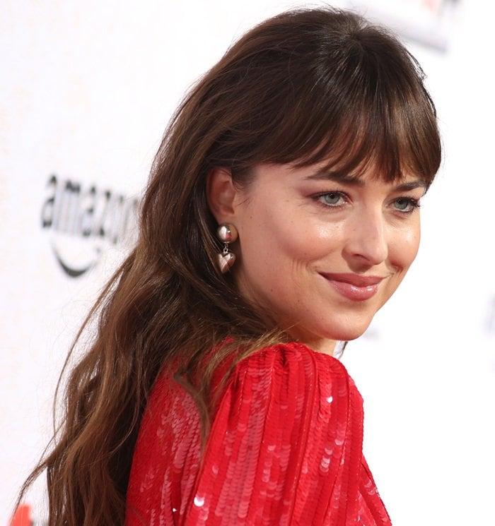 Dakota Johnson's gorgeousSophie Buhai earrings
