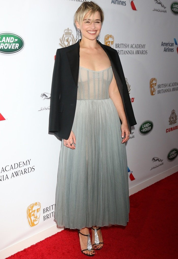 Emilia Clarke in a bespoke design by Dior at the 2018 British Academy Britannia Awards held at The Beverly Hilton Hotel in Beverly Hills, California, on October 26, 2018