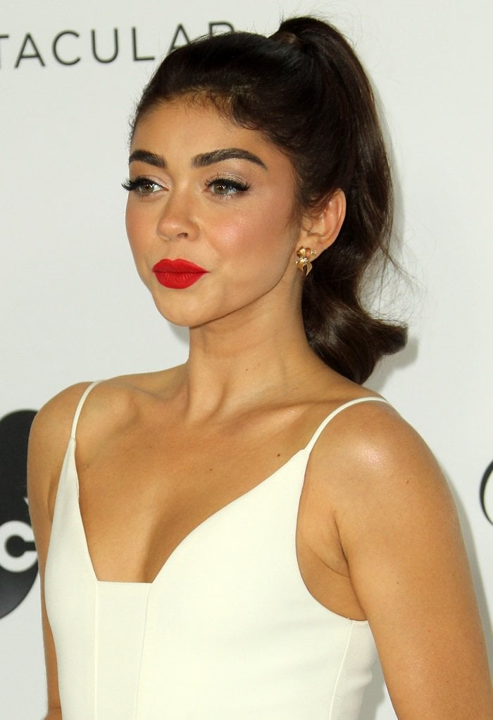 Sarah Hyland wearing a white Christian Siriano textured crepe princess seam A-line dress
