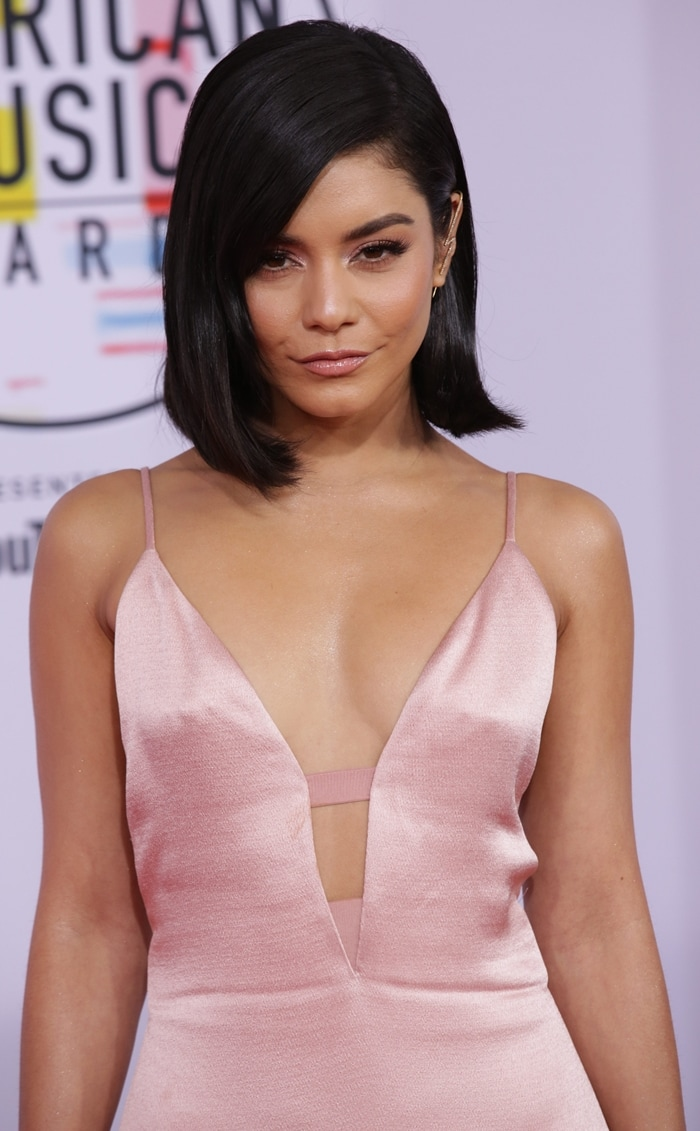 Vanessa Hudgens in a crepe gown from the Cushnie Spring 2019 Collection