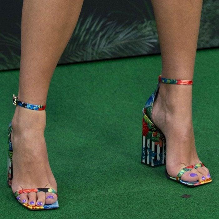 Dua Lipa shows off her feet infloral block-heel sandals