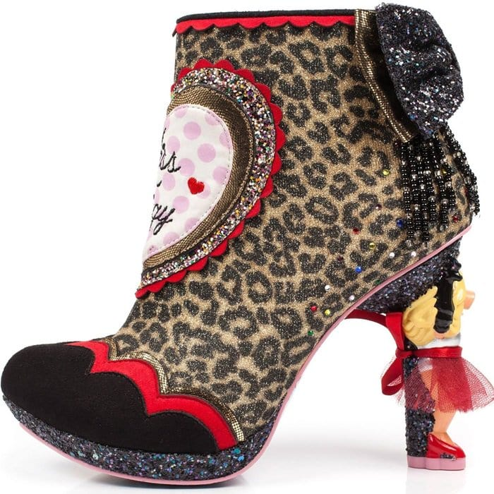 You'll be able to honor Miss Piggy's passion for both fabulous shoes and Miss Piggy herself with these show-stopping, grand entry making Irregular Choice heels.