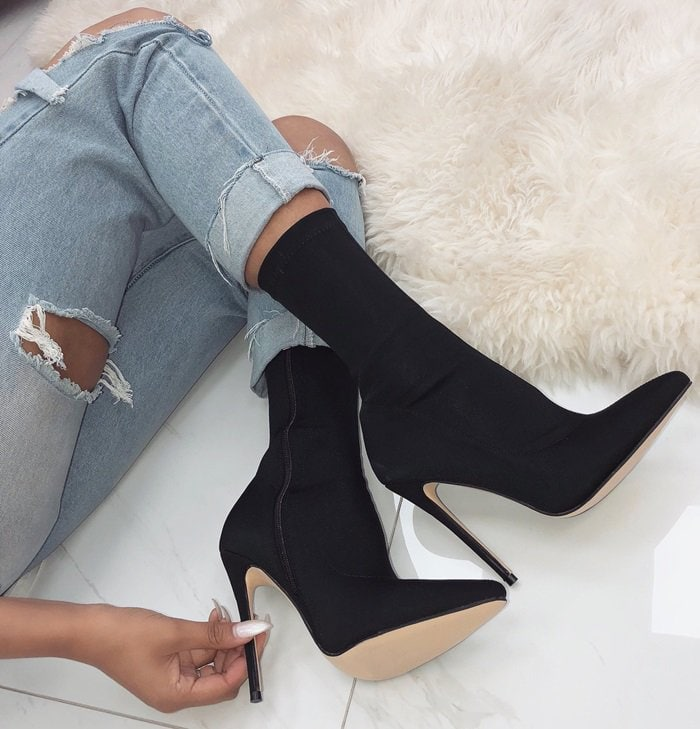 Jadah Pointed Toe Ankle Boots