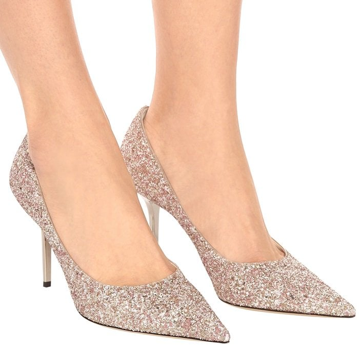 Crafted with a pink and gold glittered upper and with a beige leather lining, this sparkling made-in-Italy design sits high on a 100mm stiletto heel, elongating and flattering your figure