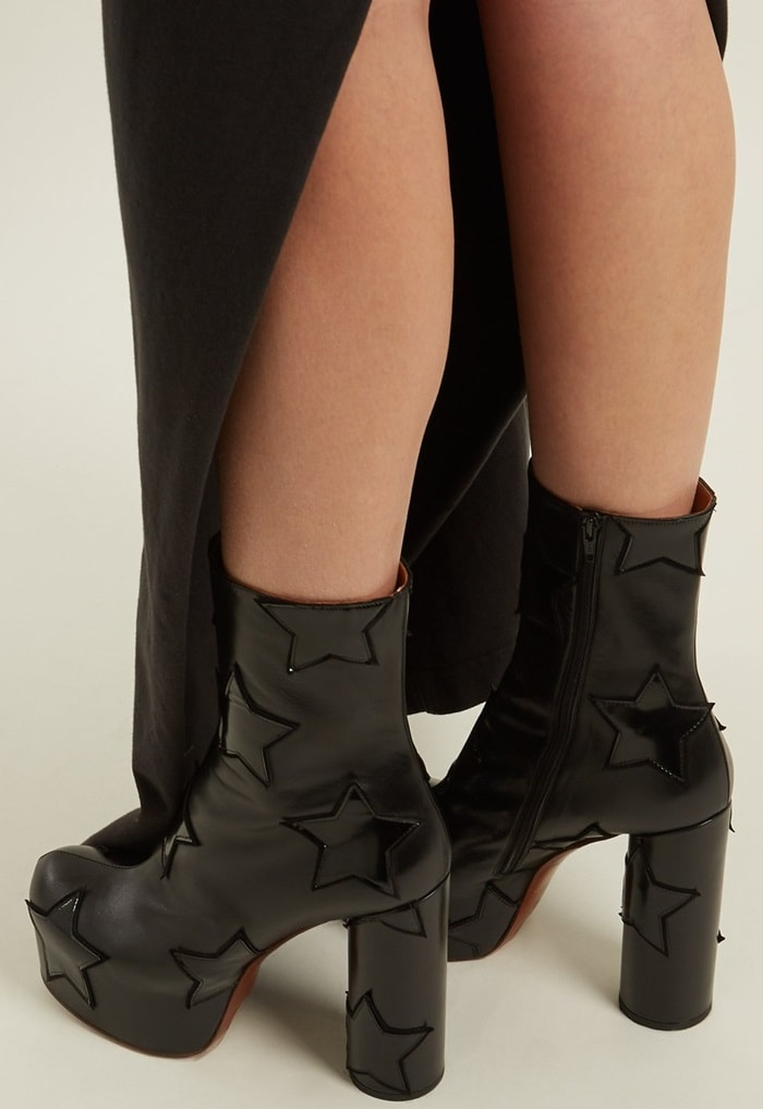 VETEMENTS Star-applique block-heel leather boots