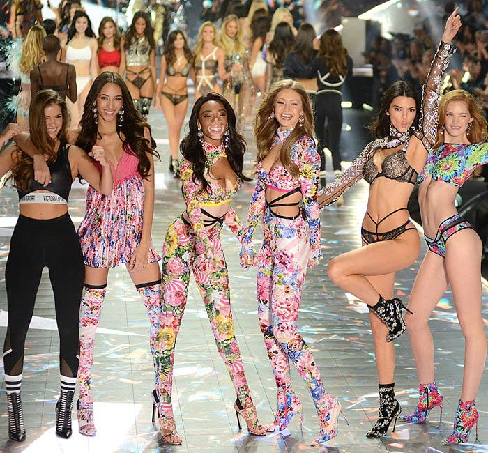 Models Barbara Palvin, Yasmin Wijnaldum, Winnie Harlow, Gigi Hadid, Kendall Jenner, and Alexina Graham wrapping up the 2018 Victoria's Secret Fashion Show