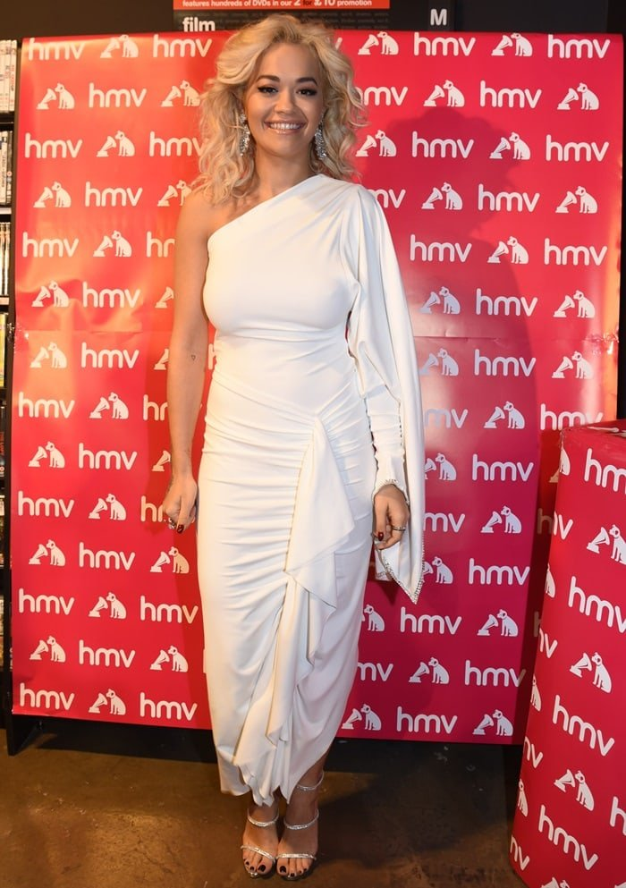 Rita Ora donned a Grecian-inspired ivory one-shoulder gown