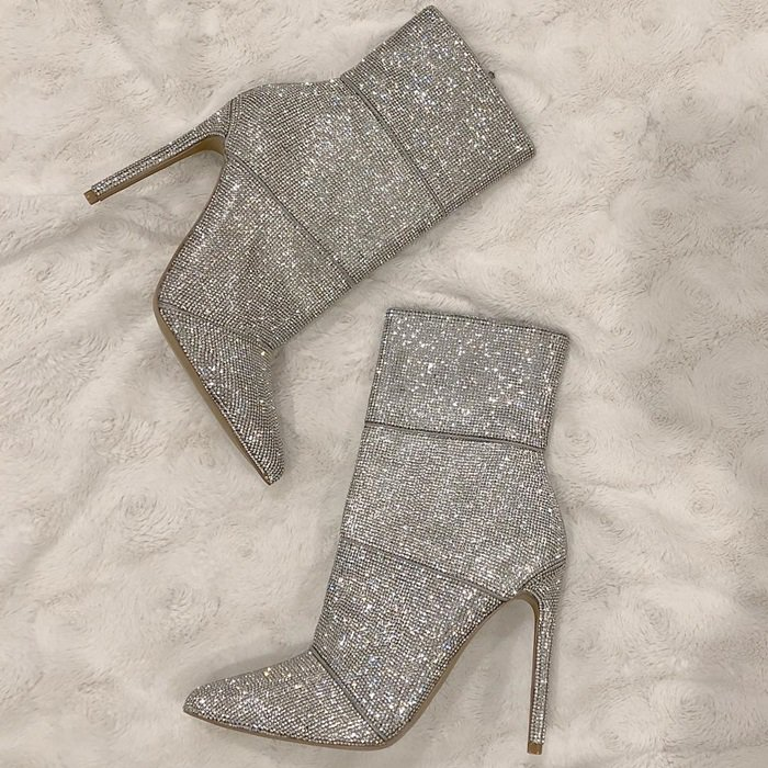 Rows upon rows of tiny sparkling crystals ensure that you'll turn heads wherever you go