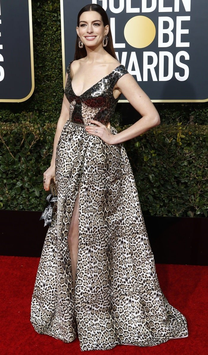 Anne Hathawayat the 2019 Golden Globe Awards held at the Beverly Hilton Hotel in Beverly Hills, California, on January 6, 2019