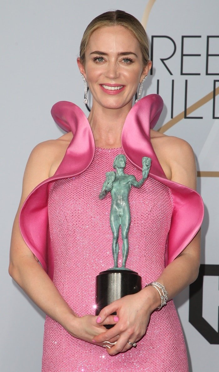 Emily Blunt wore her vulva dress while accepting the award for Outstanding Performance by a Female Actor in a Supporting Role
