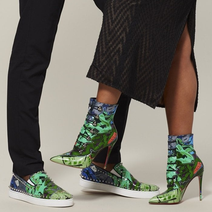 Made of green-taiga calligraphy-printed leather, it is reminiscent of the creative expression of street art
