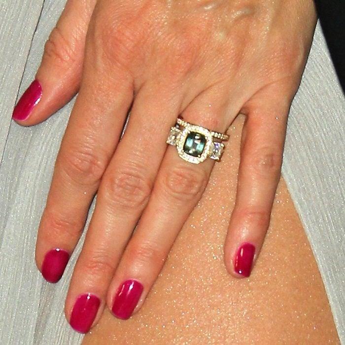 Heidi Klum'sgreen sapphire engagement ring