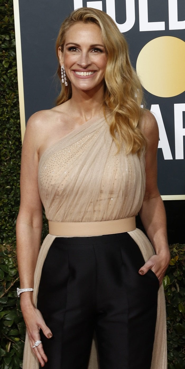 Julia Roberts flashed her signature smile at the 2019 Golden Globe Awards at the Beverly Hilton Hotel in Beverly Hills, California, on January 6, 2019