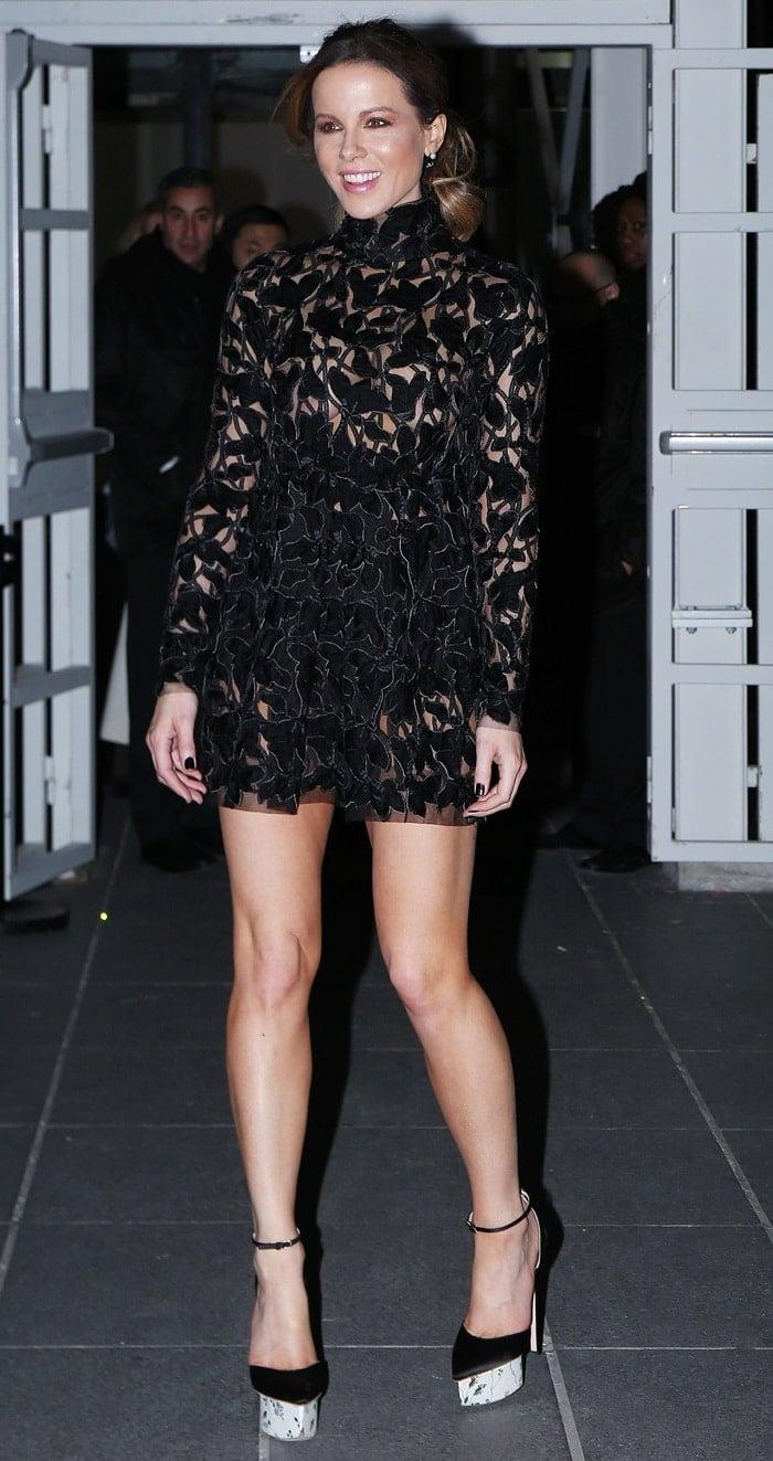 Kate Beckinsale's endless legs atthe Giambattista Valli Haute Couture fashion showduring Paris Fashion Week in France on January 21, 2019
