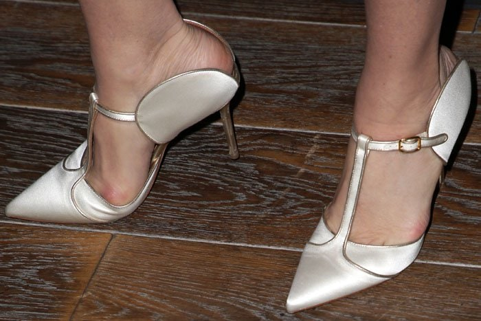 Marcia Gay Harden's Malone Souliers 'Imogen' pumps featuring half-circle side flaps and open backs