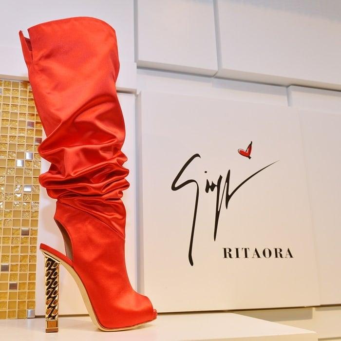Giuseppe Zanotti Giuseppe for Rita Ora Leather Peep Toe Knee-High Slouch Boots
