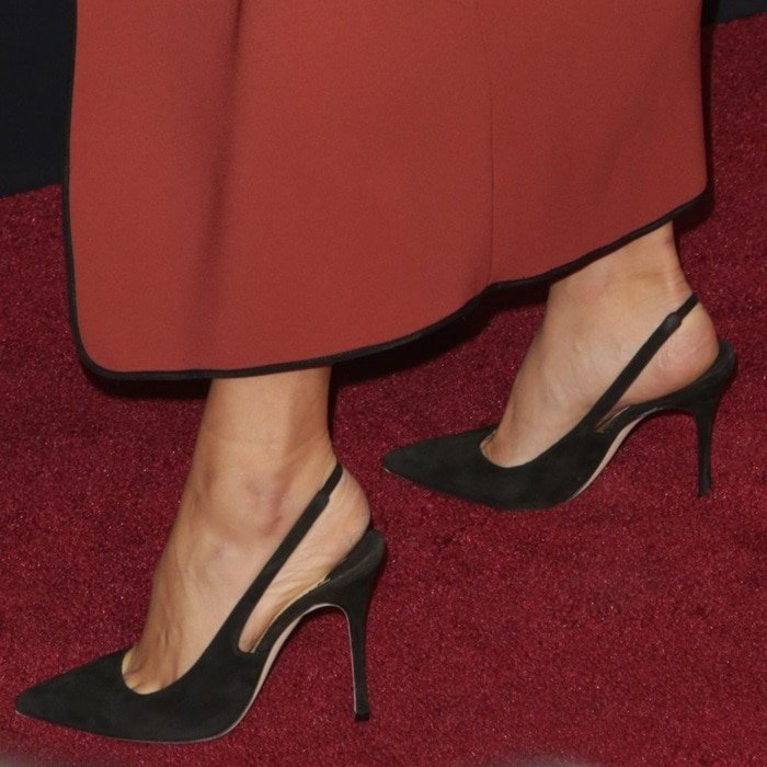 Shay Mitchell's toe cleavage in Allura slingback pointy toe pumps
