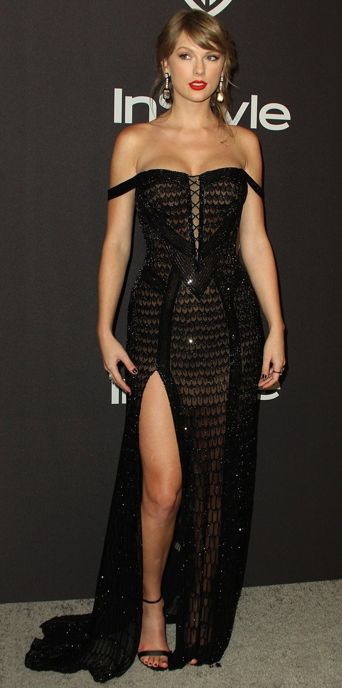 Taylor Swift flaunted her legs in a black corseted gown by Atelier Versace