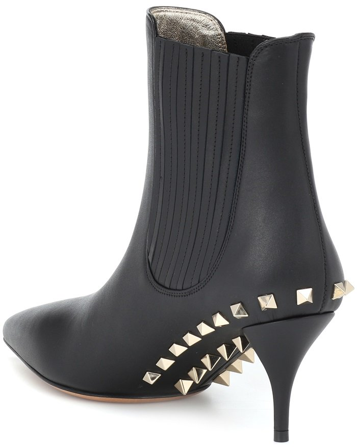 Add a tough-luxe finish to new-season looks with Valentino Garavani's Jaw Studs ankle boots