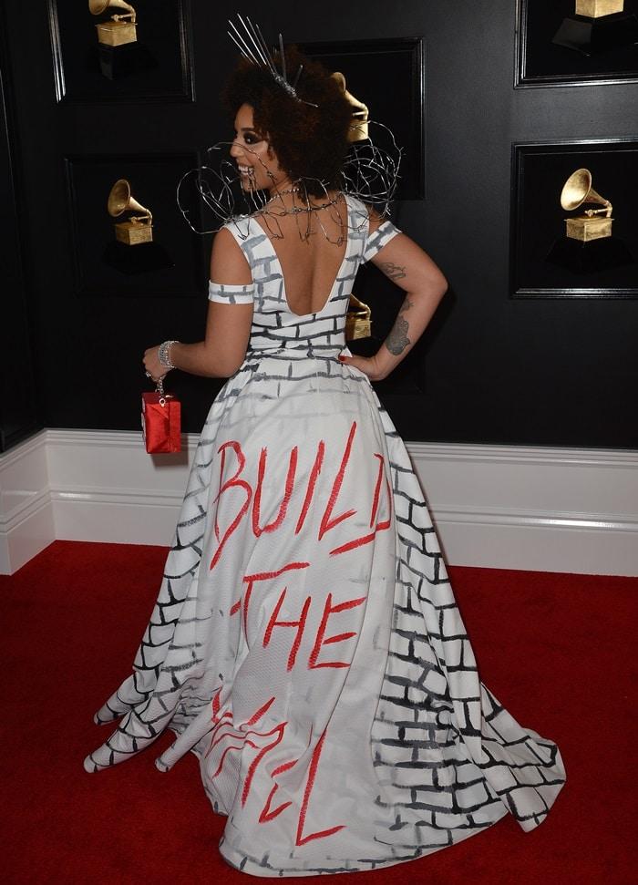 Joy Villa's controversial dress featured Trump's Build the Wall slogan