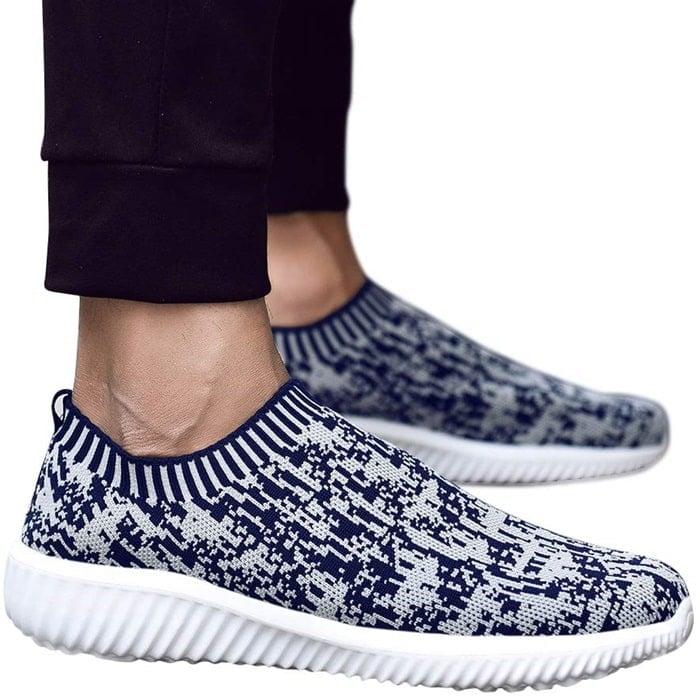 Lightweight Comfortable Mesh Slip-On Sneakers