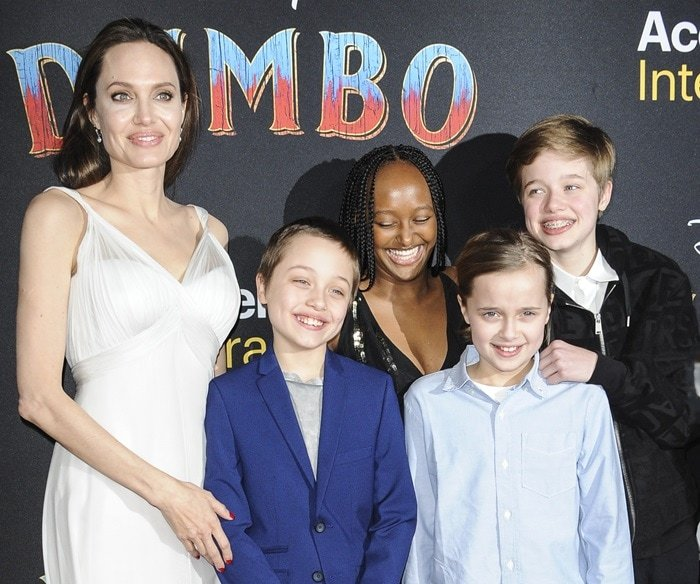 Angelina Jolie with Zahara, 14, Shiloh, 12, and 10-year-old twins Vivienne and Knox