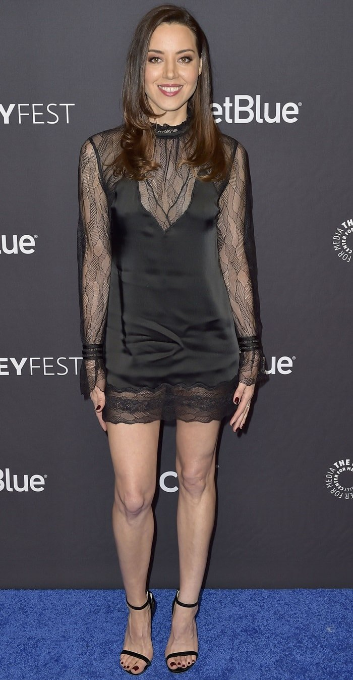 Aubrey Plaza flaunted her sexy legs while attending the Parks and Recreation reunion panel during 2019 PaleyFest at the Dolby Theatre in Hollywood on March 21, 2019