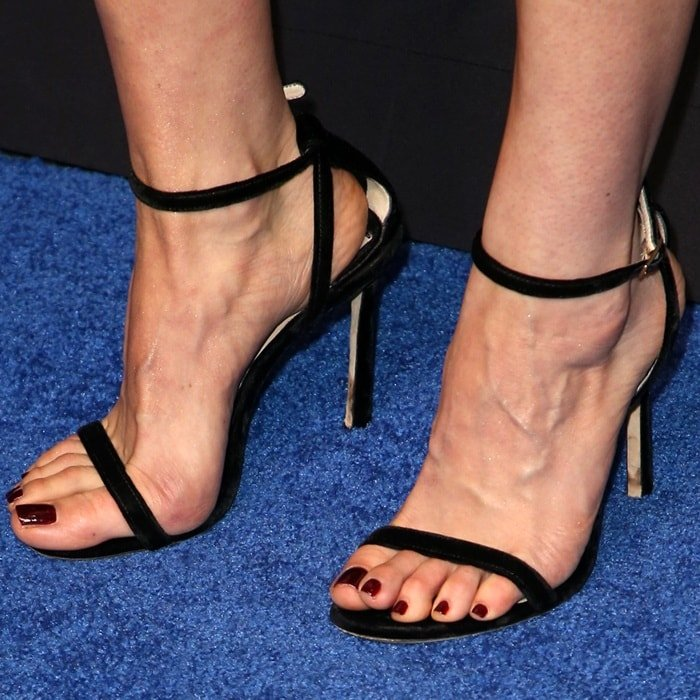 Aubrey Plaza's veiny feet in Jimmy Choo sandals