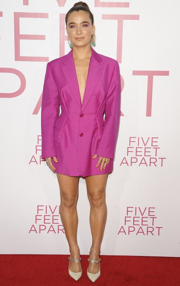 Haley Lu Richardson paraded her legs in a pink wool Raffaella blazer from Jacquemus