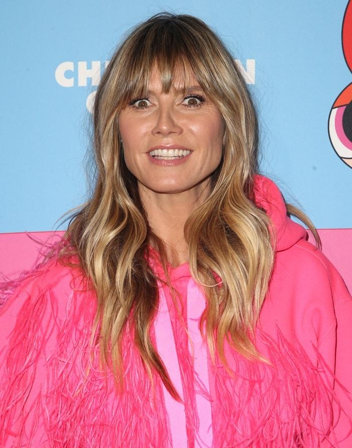 Heidi Klum looked like a big pink bird on acid