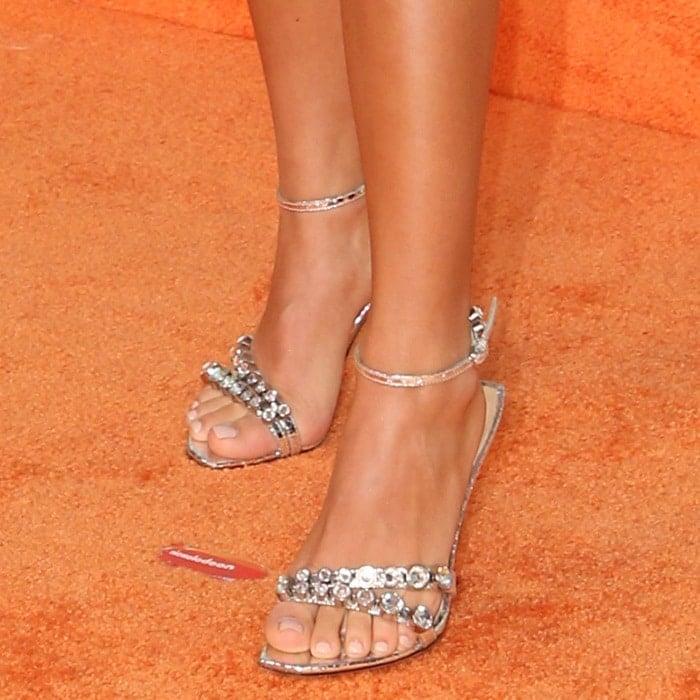 Isabela Moner's sexy feet in crystal-embellished sandals
