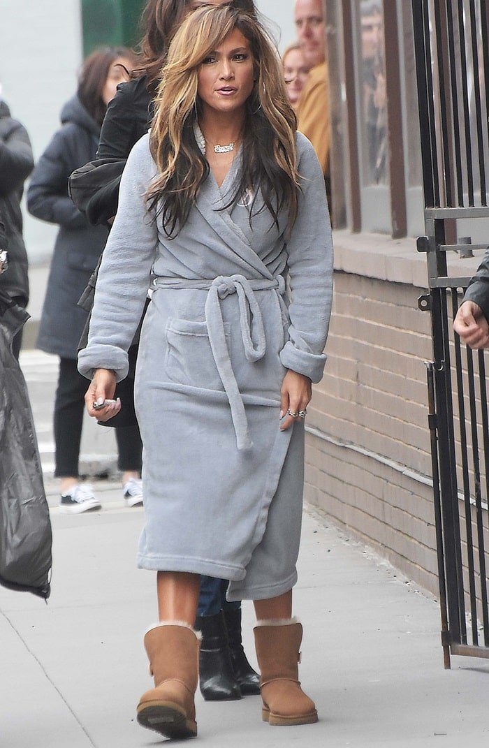 Jennifer Lopez styled her gray bathrobe with UGG boots