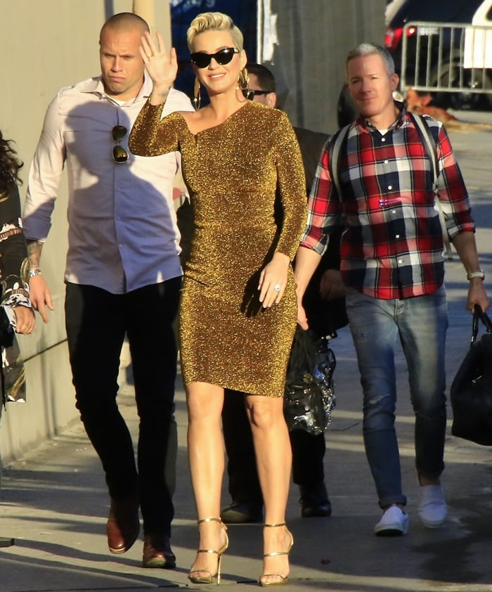 Katy Perry paraded her legs outside the Jimmy Kimmel studio in Hollywood on February 25, 2019