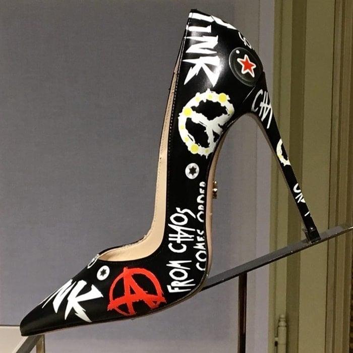 Le Silla graffiti Punk pumps