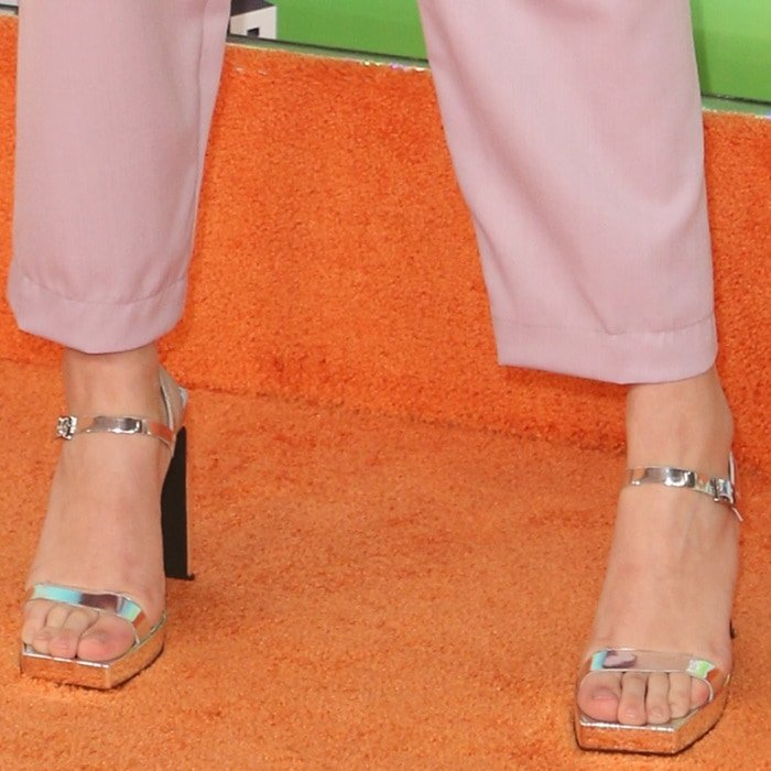 Lilimar Hernandez showed off her sexy feet in Danceria 2 wall heel sandals from Jeffrey Campbell