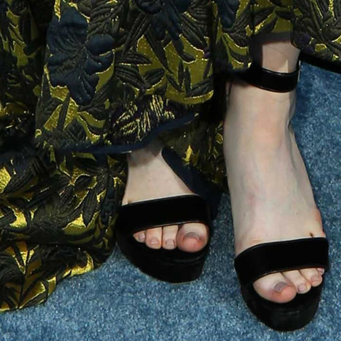 Rose Leslie's barbaric feet could scare anyone