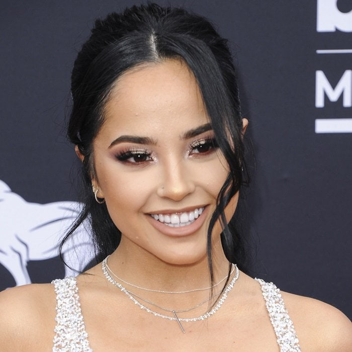 Becky G flashed her big smile at the 2019 Billboard Music Awards