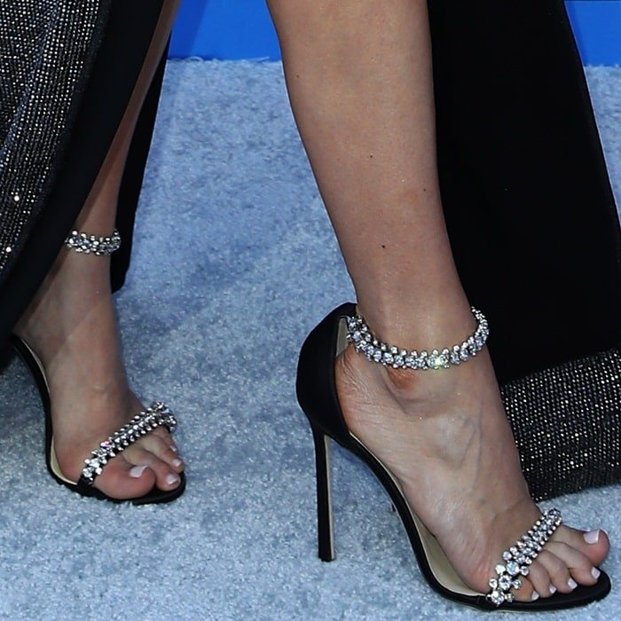 Carrie Underwood showed off her hot feet in Jimmy Choo shoes