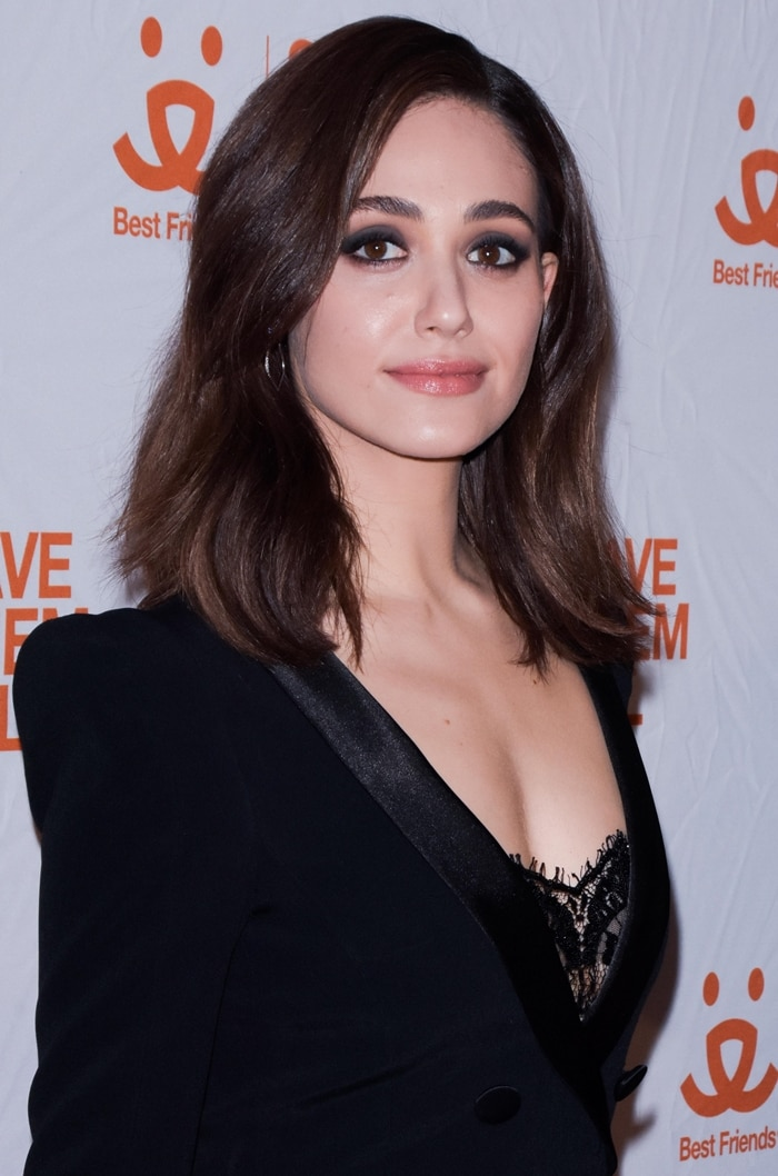 Emmy Rossum's smokey eyes and side-parted tresses