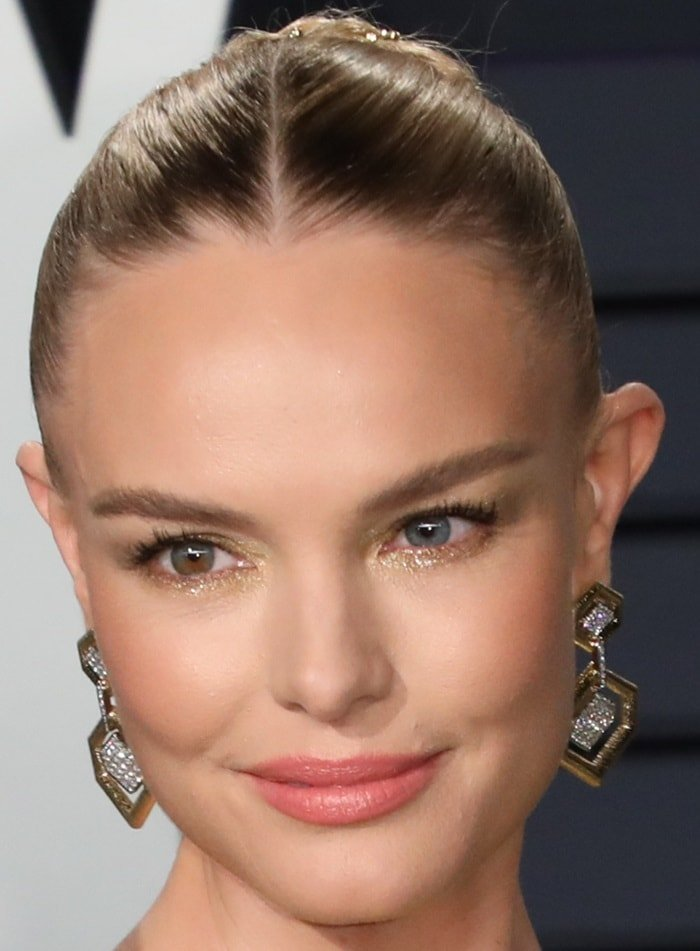 Kate Bosworth has one blue eye (left) and one eye that is both hazel and blue (right)