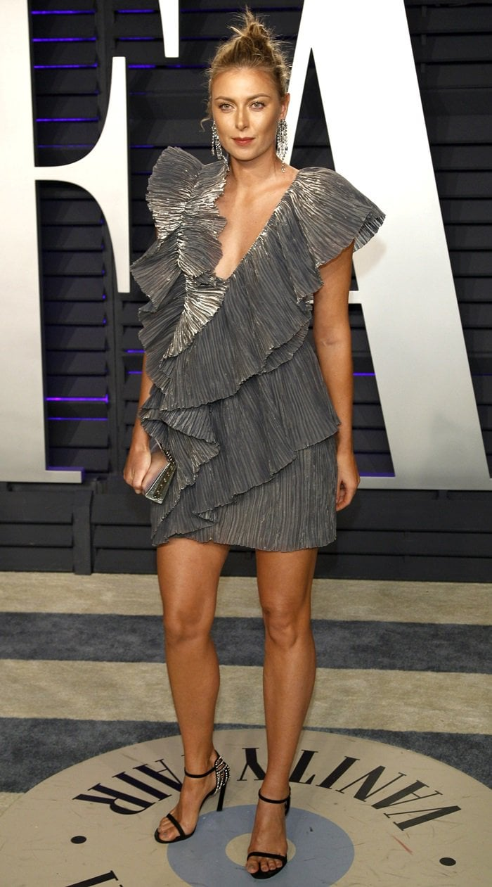 Maria Sharapova showed off her towering frame and sexy legs at the 2019 Vanity Fair Oscar Party at the Wallis Annenberg Center for the Performing Arts in Beverly Hills, California, on February 24, 2019