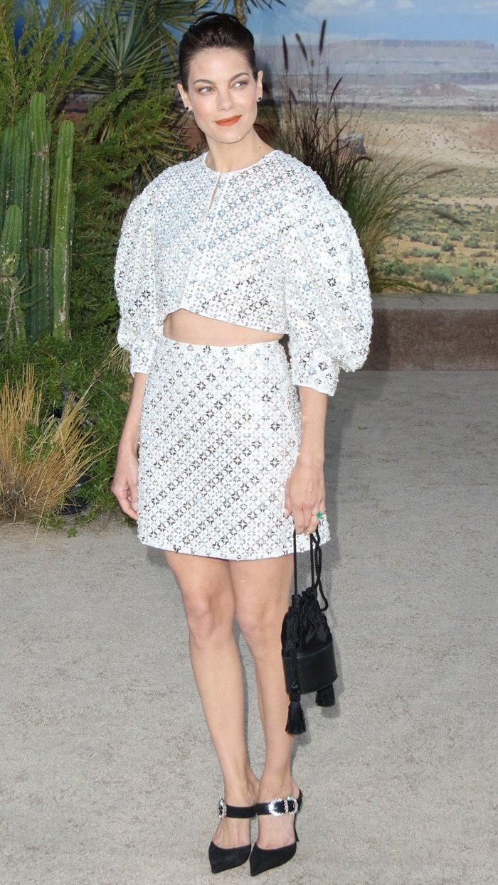 Michelle Monaghan flaunted her legs in a mini skirt at the premiere of El Camino: A Breaking Bad Movie