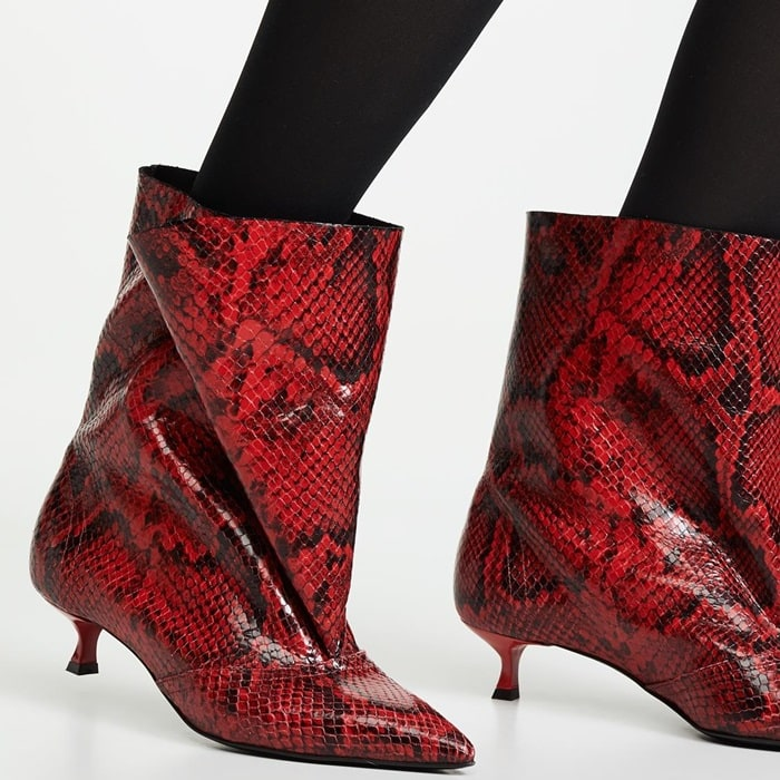 Red Waste of Snakes Jester Boots With Useless Heel