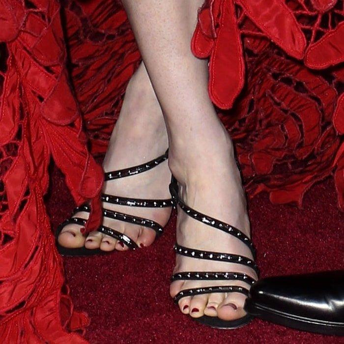 Rose Leslie's hot feet in Sergio Rossi sandals
