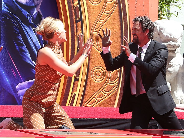 Scarlett Johansson and Mark Ruffalo getting their hands dirty