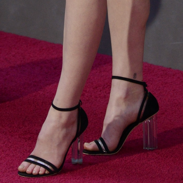 sophie turner's hot infinite triangle arm tattoo at game of