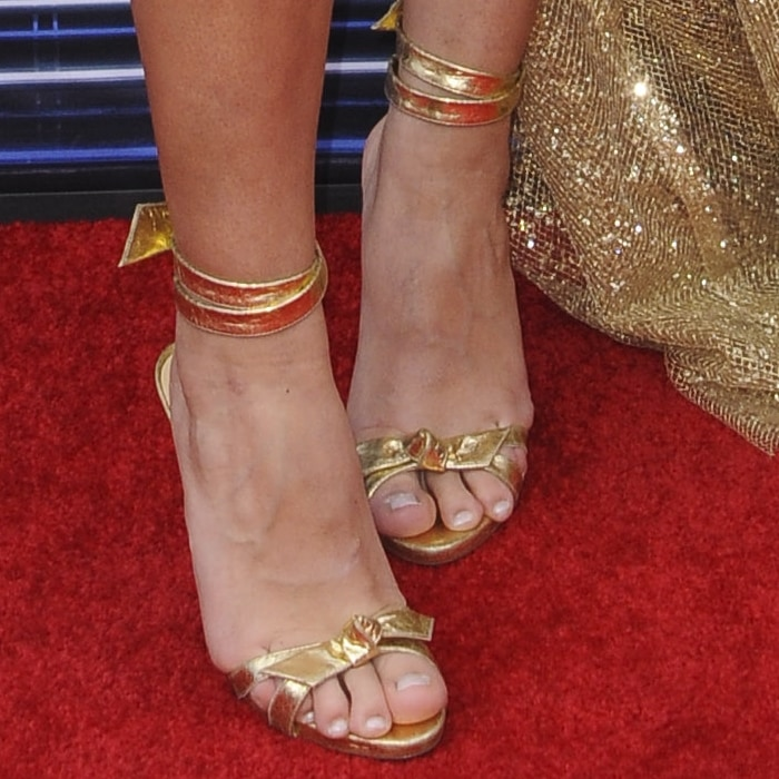 Cindy Kimberly's hot feet in crackled metallic leather shoes
