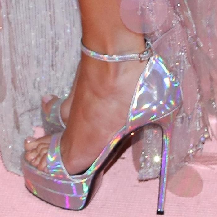 Jennifer Lopez showed off her feet in 6-inch silver heels