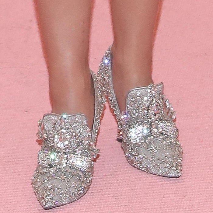 Katy Perry in ugly glittering Moschino shoes